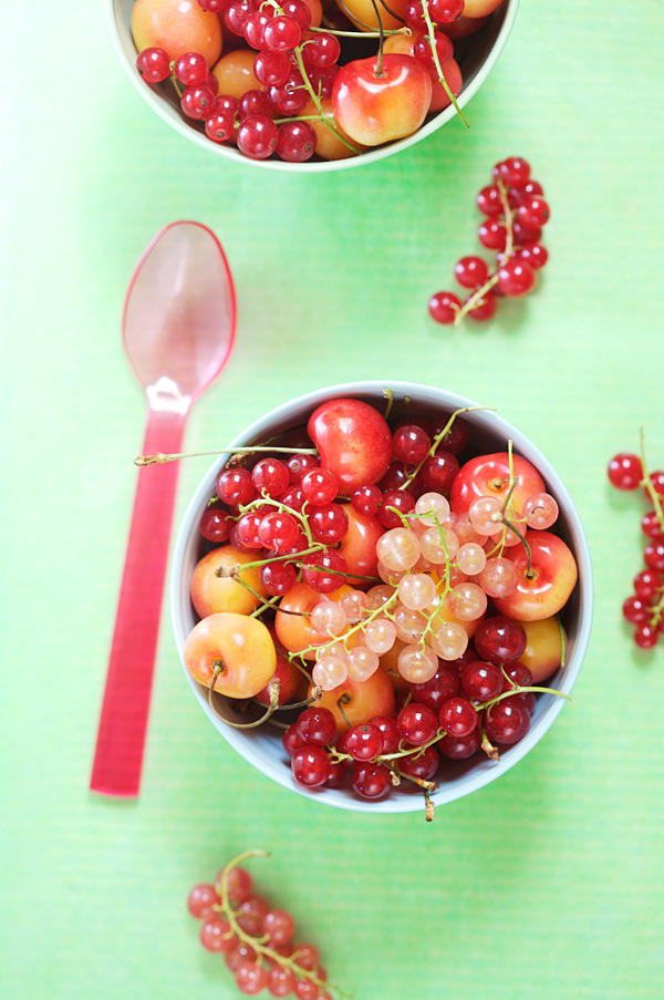 Rainier cherry red currant crumble