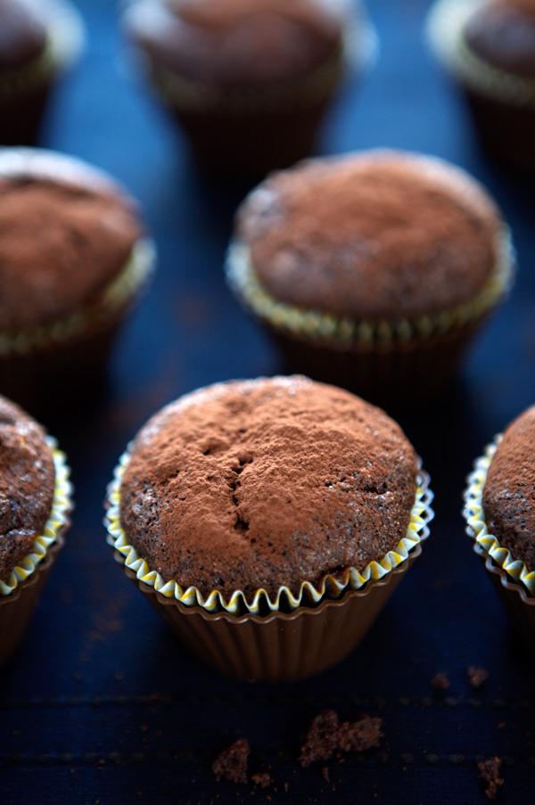 banana cocoa muffins